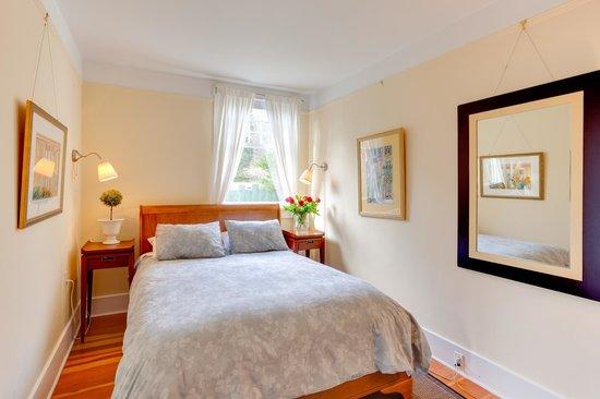 Fairholme Manor: Tuscan Suite bedroom