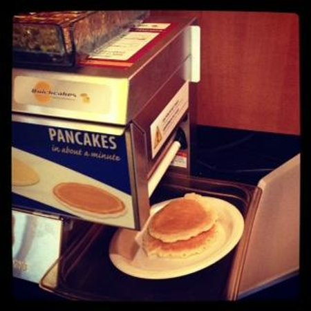Holiday Inn Express Ramsey-Mahwah:                   pancake dispenser!