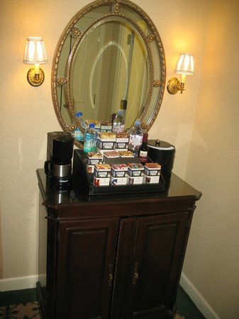 Willard InterContinental Washington:                   Snack & stocked fridge at a price