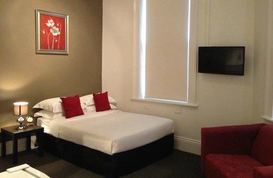 The Centennial Hotel : deluxe double ensuite