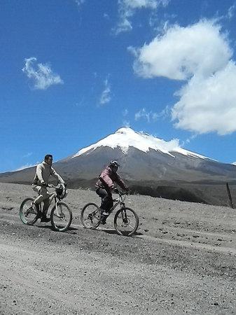 Hacienda San Agustin De Callo: Biking
