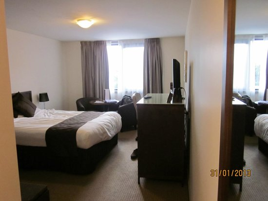 Horsham International Hotel: Room