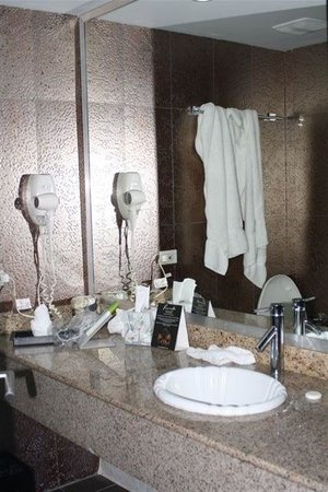 Riande Aeropuerto:                                     bagno