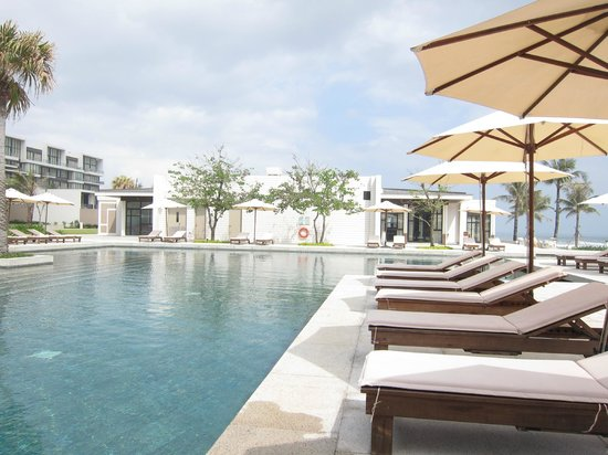 Hyatt Regency Danang Resort & Spa:                                     amazing pool all to ourselves