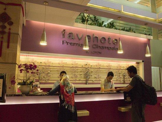 Favehotel Premier Cihampelas:                   Lobby
