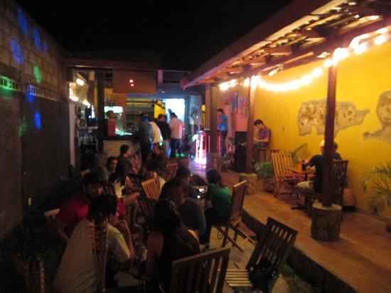 Antorchas bar y bocas : dj night