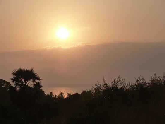 N4:                   Jeden Abend fantastische Sonnenuntergänge