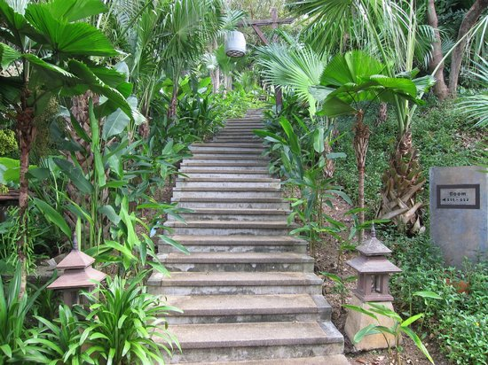 Pimalai Resort and Spa: Stairs to room