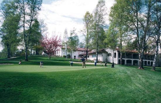 Golf Hotel Ristorante Le Betulle : La Club House