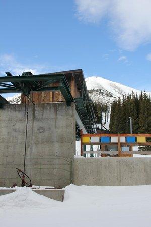Teton Pass Ski Area: Lodge