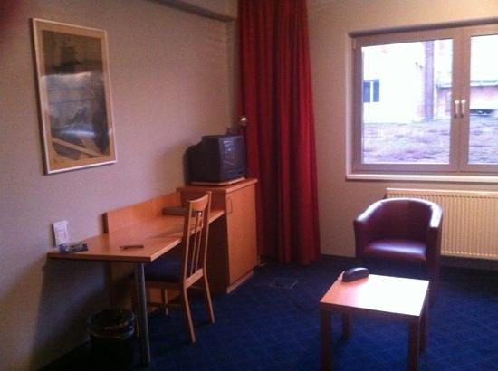 Advance Hotel:                   zimmer 119