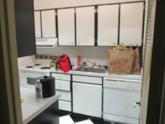 Avenue Suites Georgetown:                   Kitchen