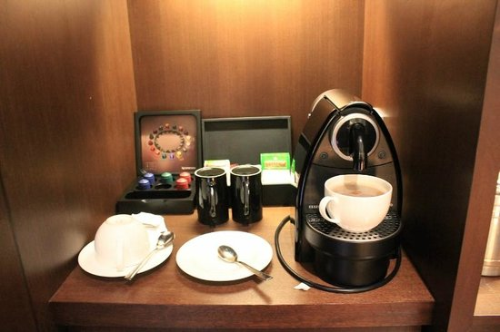 Amara Sanctuary Resort Sentosa: Coffee & Tea