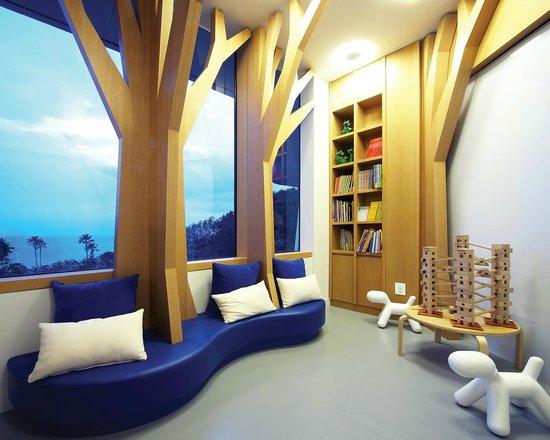 Hyatt Regency Jeju: 키즈코너 리딩섹션