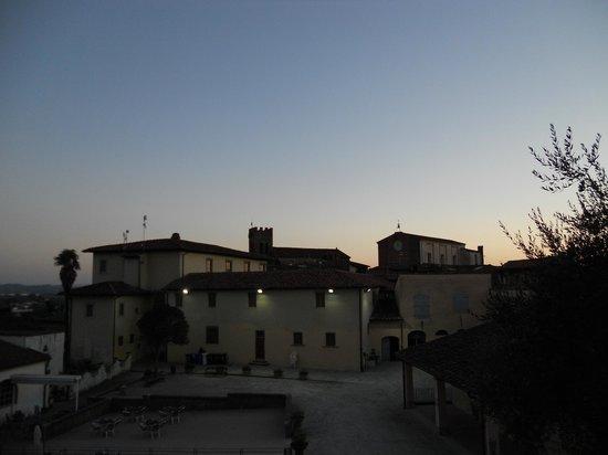 Fucecchio, Włochy:                                     Panorama visto da Parco Corsini su Collegiata e Chiesa di Sa