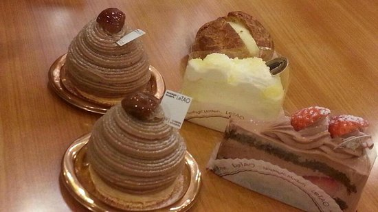 Le Tao Honten:                   montblanc cakes, cheese cakes and chocofudge at LeTao