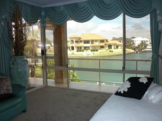 Port Mandurah Canals B&B : View from Queen Spa Suite