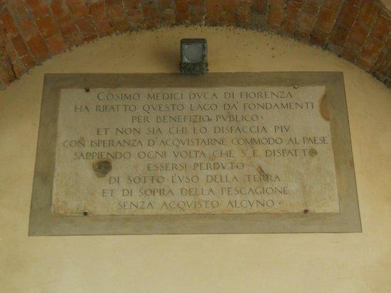 Fucecchio, Italia:                                     Targa di Cosimo de' Medici - Ponte Mediceo - Ponte a Cappian