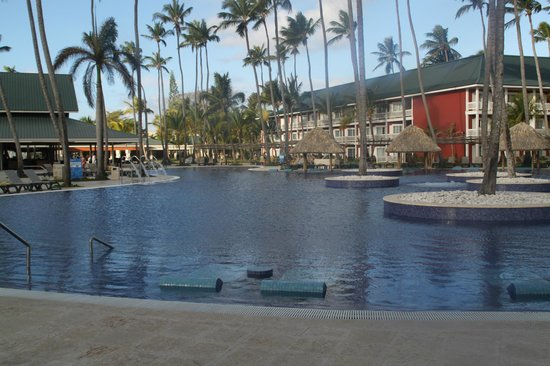 Barcelo Bavaro Beach - Adults Only:                   LA PISCINE