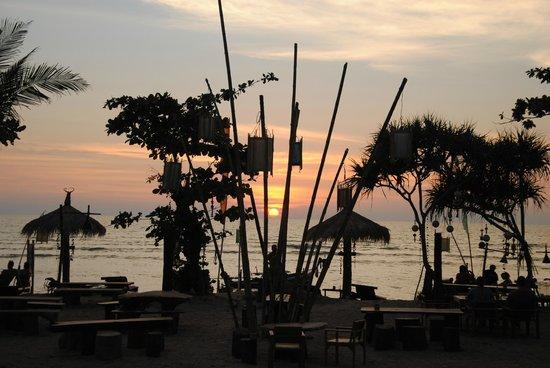 Coco Lanta Resort:                   Fantastisk soldnedgang