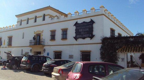 Hotel Meson de la Molinera: fachada hotel meson