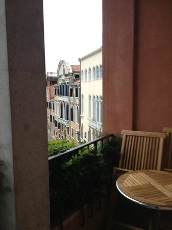 Hotel Papadopoli Venezia MGallery by Sofitel: Room 8