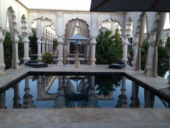 Palais Namaskar: our pool