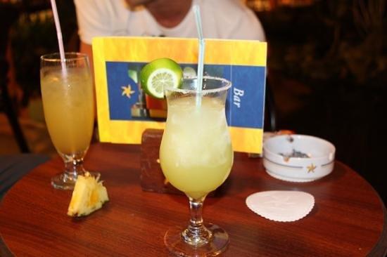 Iberostar Bavaro Suites:                   cocktail lobby hmm