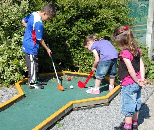 Lake District Coast Aquarium: Crazy golf concentration