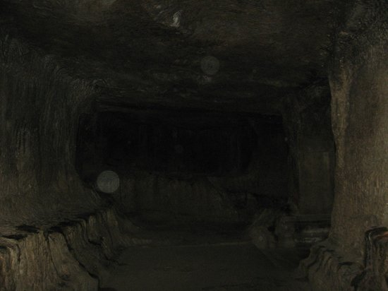 Pataleshwar Cave Temple:                   Inside view of the caves-3