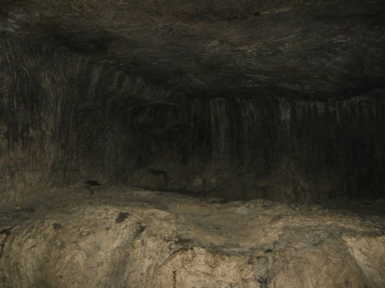 Pataleshwar Cave Temple:                   Inside view of the caves