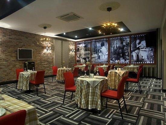 Maltepe 2000: Restaurant
