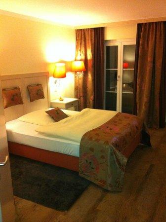 Ampervilla Hotel :                                     Einzelzimmer