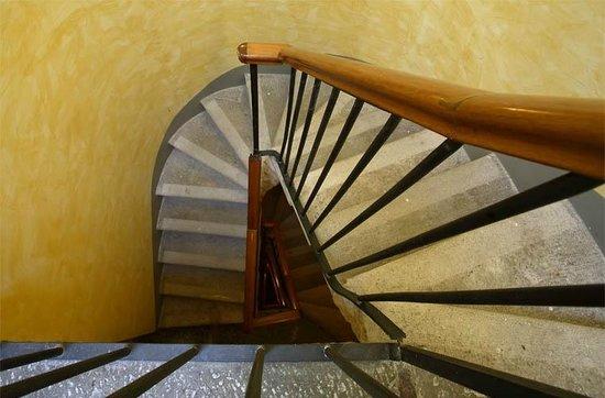 Hotel James Joyce: Scale_James_ Joyce_Hotel_ Trieste