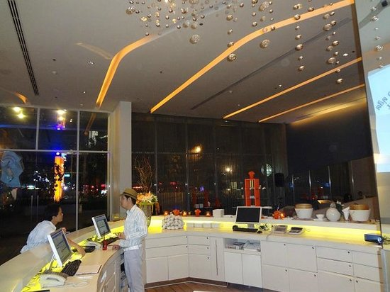 Hotel Baraquda Pattaya - MGallery by Sofitel:                   Reception area