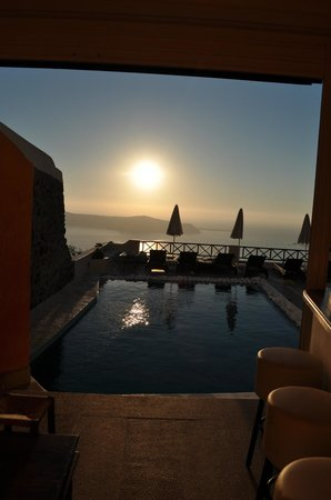 Afroessa Hotel:                   Sunset from pool-bar