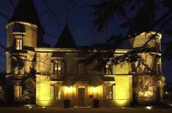 Château de Nans : LE CHATEAU