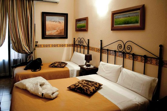 hostal armesto prices hotel reviews madrid spain tripadvisor rh tripadvisor com