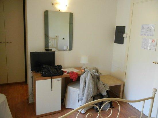 Hotel Antigo Trovatore:                   ..