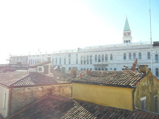Hotel Antigo Trovatore:                   --