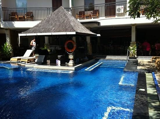 The Niche Bali:                   pool bar
