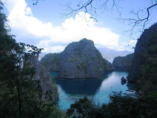 Coron Bay: famous site