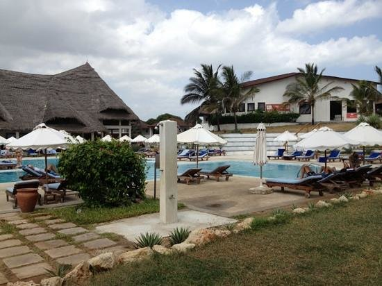 Garoda Resort: zona piscina