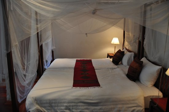 The BelleRive Boutique Hotel:                   superior room without balcony