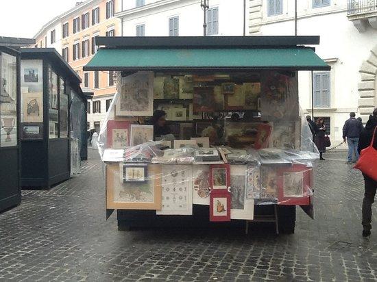 Mercato dell'Antiquariato: Quadri, stampe,cartoline antiche
