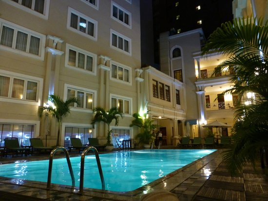 Grand Hotel Saigon:                   pool