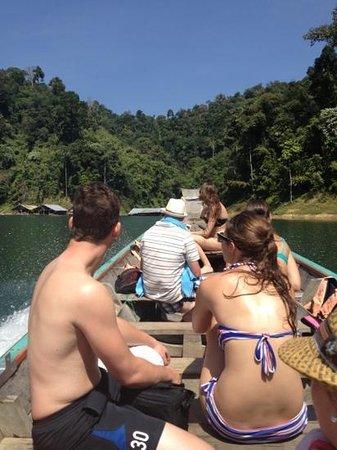 เขื่อนเชี่ยวหลาน (เขื่อนรัชชประภา): headed toward floating lodge