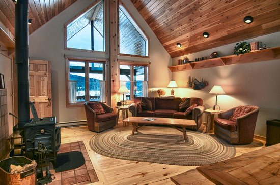 Vista Verde Guest Ranch: Luxurious log cabin accommodations