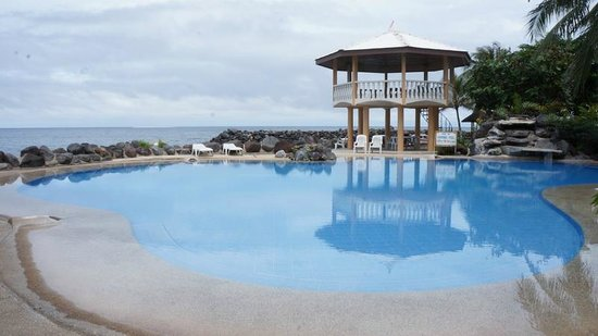 Paras Beach Resort: Johnny 7