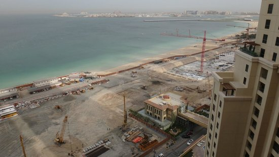 Amwaj Rotana:                   View from 20th Floor